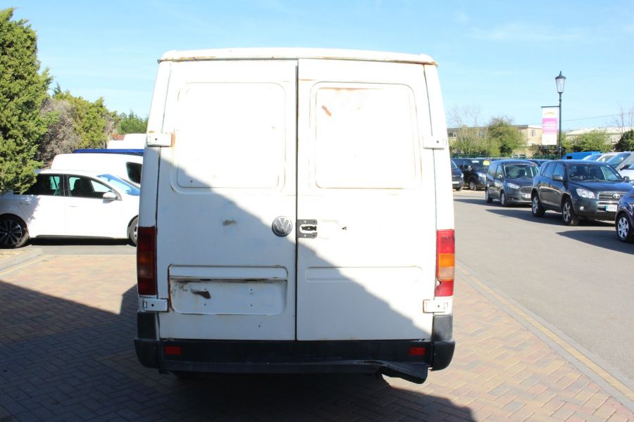 VOLKSWAGEN LT28  2.5TDI MWB LOW ROOF  - 1718 - 4