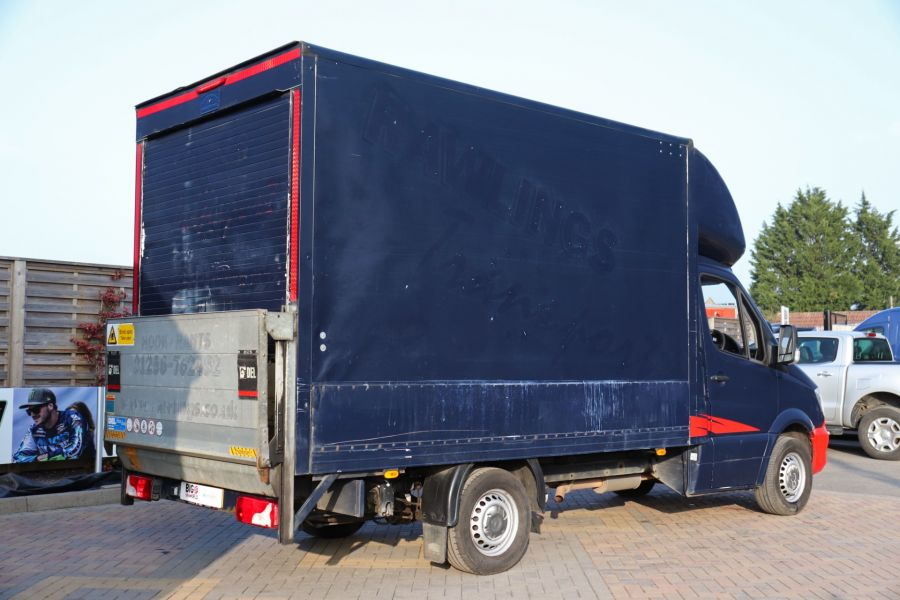 MERCEDES SPRINTER 313 CDI 129 MWB LUTON WITH TAIL LIFT - 12154 - 8