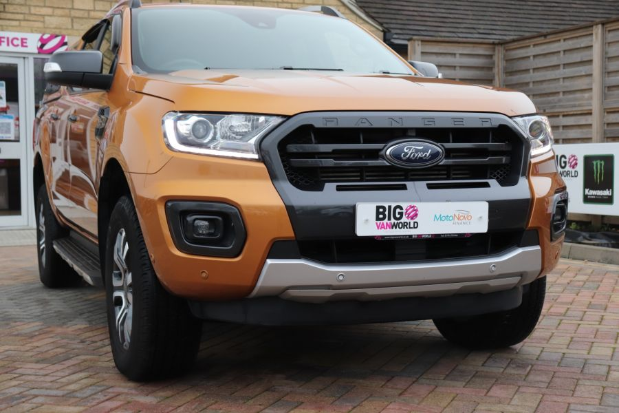 FORD RANGER WILDTRAK 2.0 ECOBLUE 213 4X4 DOUBLE CAB WITH TRUCKMAN TOP - 11613 - 55