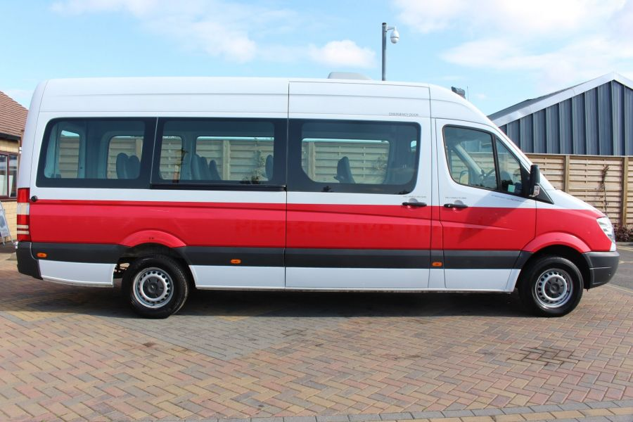 MERCEDES SPRINTER 316 CDI 163 TRAVELINER LWB 15 SEAT BUS HIGH ROOF - 8106 - 4