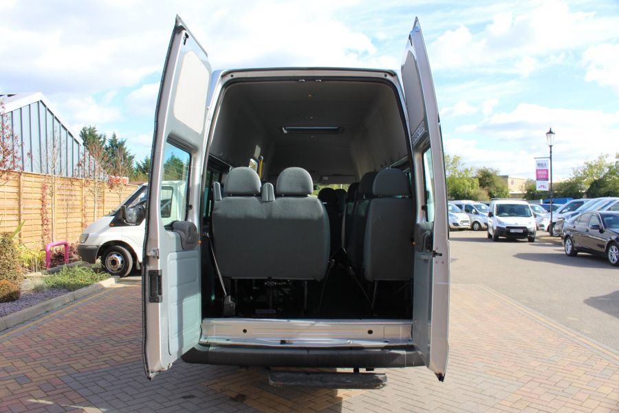 FORD TRANSIT 430 TDCI 135 LWB EL HIGH ROOF 17 SEATS BUS RWD - 6765 - 24
