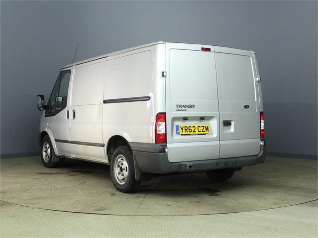 FORD TRANSIT 260 TDCI 100 TREND SWB LOW ROOF FWD - 6816 - 4
