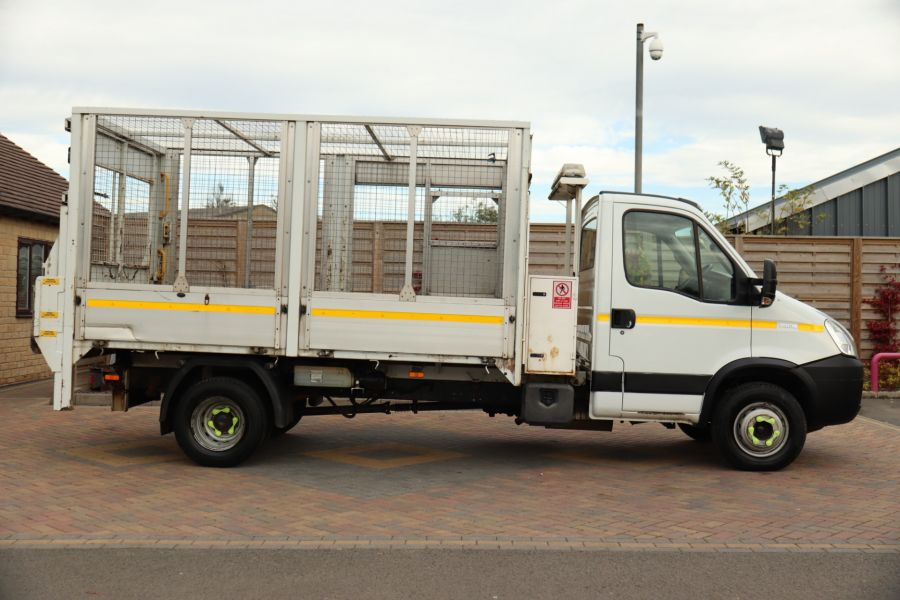 IVECO DAILY 70C18 3450 WB SINGLE CAB ALLOY CAGED TIPPER WITH TAIL LIFT - 9614 - 6