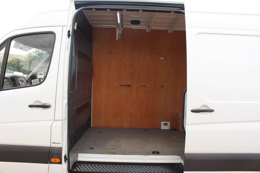 MERCEDES SPRINTER 316 CDI MWB HIGH ROOF - 6399 - 20