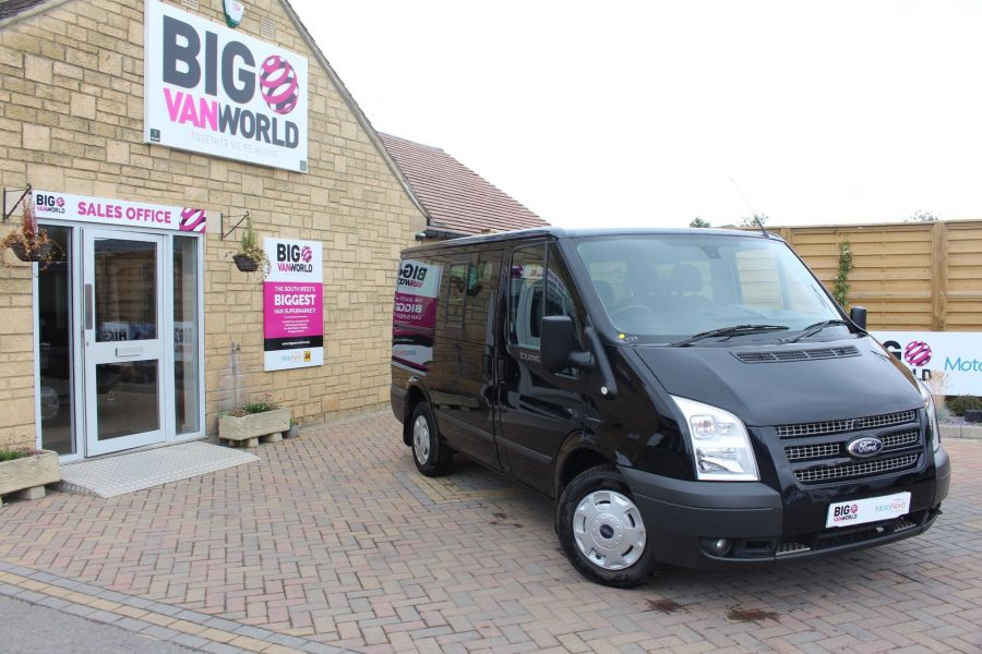 FORD TRANSIT 280 TDCI 125 TOURNEO TREND 9 SEAT MINIBUS SWB LOW ROOF - 6417 - 1