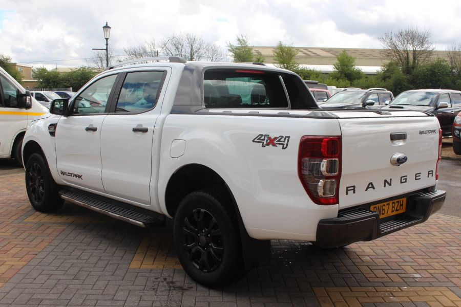 FORD RANGER WILDTRAK TDCI 200 4X4 DOUBLE CAB WITH ROLL'N'LOCK TOP - 9156 - 7