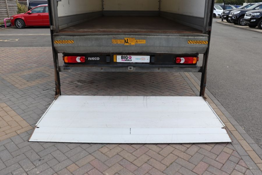 IVECO EUROCARGO  75E16S 4X2 GRP BOX WITH TAIL LIFT  (13925) - 12206 - 40