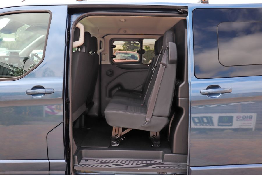 FORD TRANSIT CUSTOM 320 TDCI 130 L2 H1 LIMITED DOUBLE CAB 6 SEAT CREW VAN LWB LOW ROOF FWD - 9606 - 34