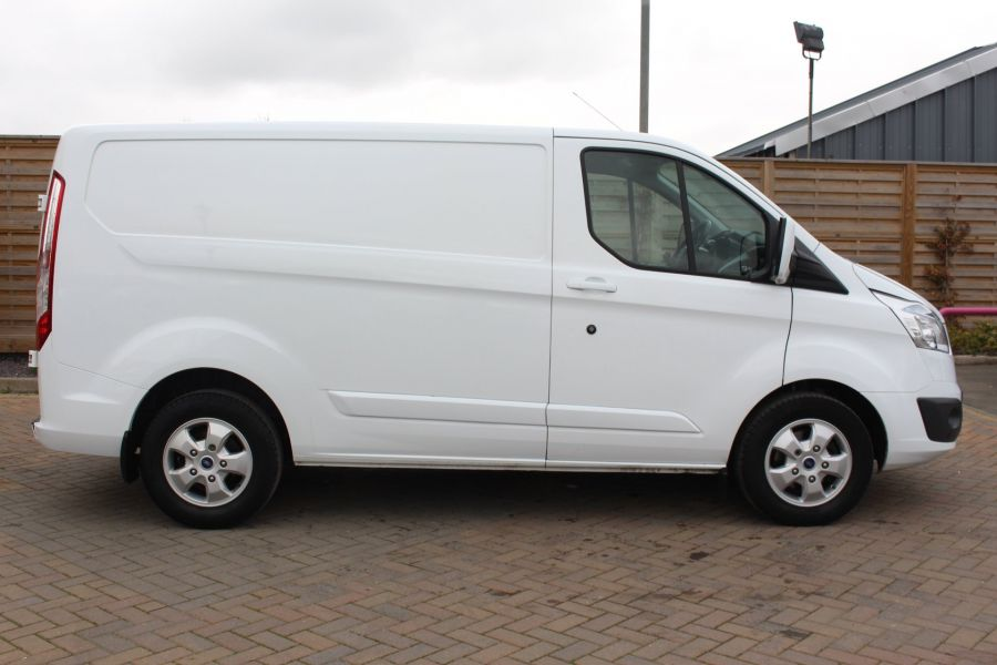 FORD TRANSIT CUSTOM 330 TDCI 125 L1 H1 LIMITED SWB LOW ROOF FWD - 9004 - 4