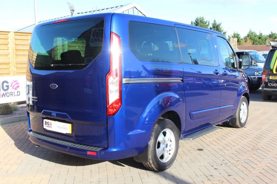 FORD TOURNEO CUSTOM 300 TDCI 125 L1 H1 LIMITED 9 SEAT MINIBUS SWB LOW ROOF FWD - 6857 - 5