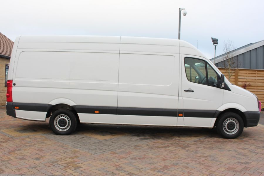 VOLKSWAGEN CRAFTER CR35 TDI 136 LWB HIGH ROOF - 6890 - 4