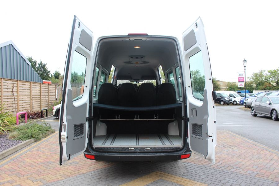 MERCEDES SPRINTER 316 CDI 163 TRAVELINER LWB 15 SEAT BUS HIGH ROOF - 8100 - 27