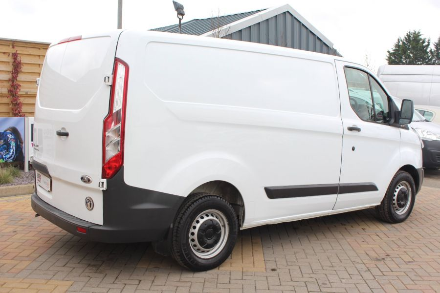 FORD TRANSIT CUSTOM 290 TDCI 100 L1 H1 SWB LOW ROOF FWD - 7201 - 5