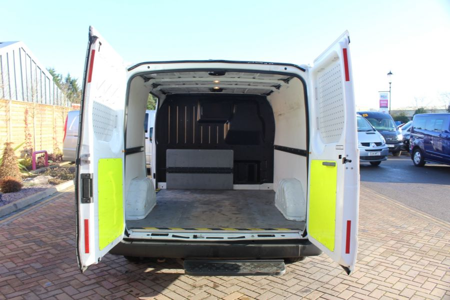 FORD TRANSIT 280 TDCI 125 TREND SWB LOW ROOF FWD - 7044 - 11