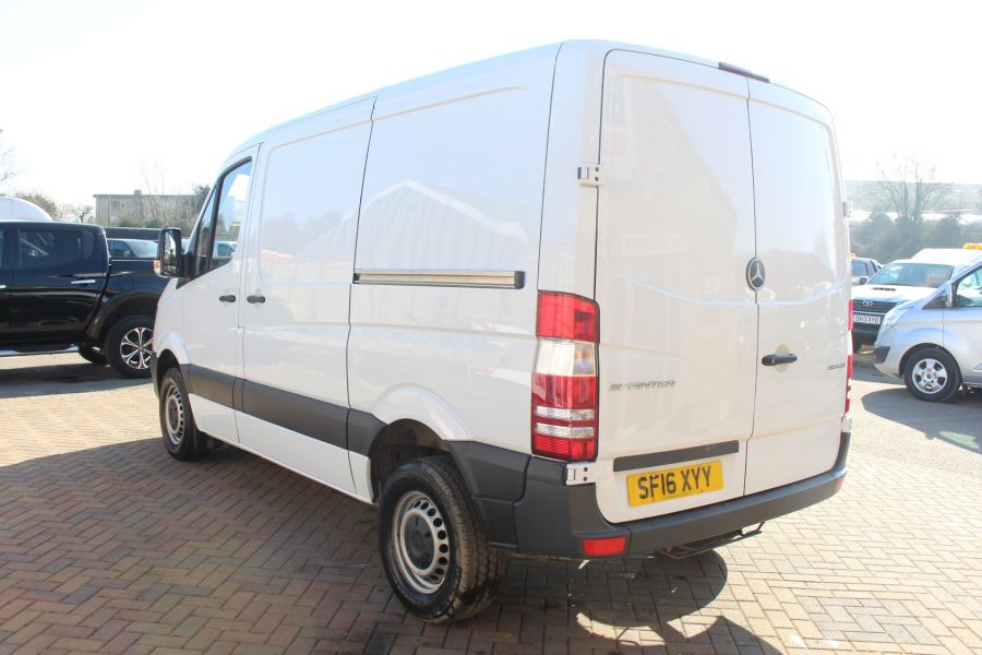 MERCEDES SPRINTER 313 CDI SWB STANDARD LOW ROOF - 8790 - 7