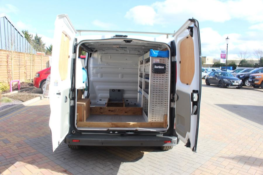 RENAULT TRAFIC SL27 DCI 115 SWB LOW ROOF - 7262 - 18