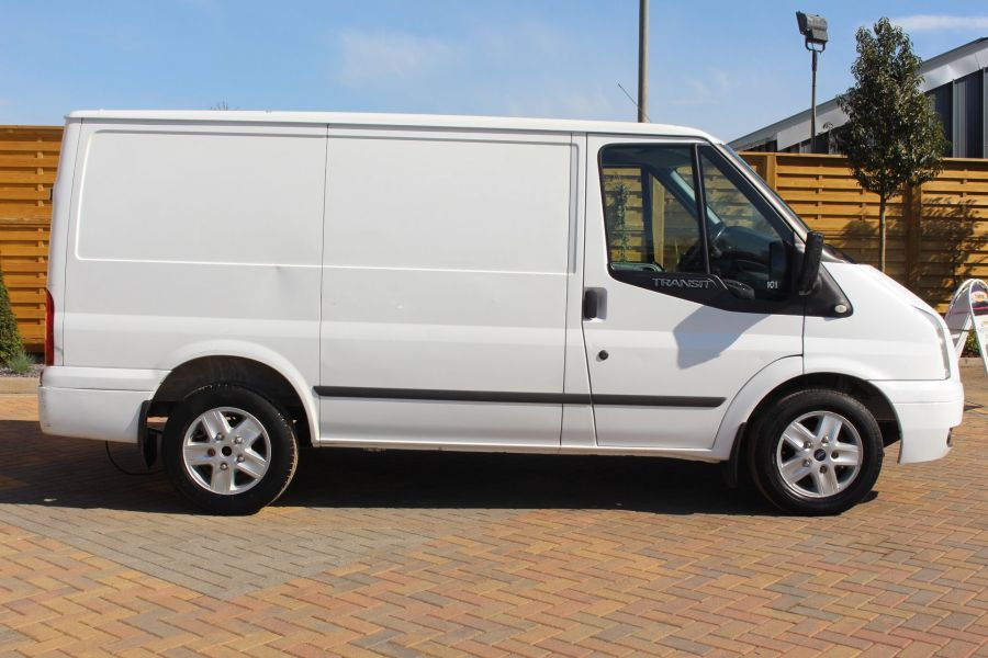 FORD TRANSIT 260 TDCI 140 LIMITED SWB LOW ROOF FWD - 5938 - 2