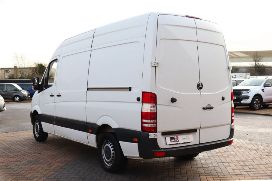 MERCEDES SPRINTER 314 CDI 140 MWB HIGH ROOF - 12097 - 10