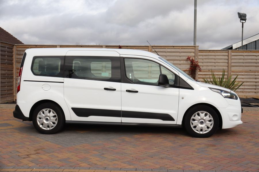 FORD GRAND TOURNEO CONNECT TDCI 95 COMBI VAN WITH WHEELCHAIR ACCESS - 11545 - 5