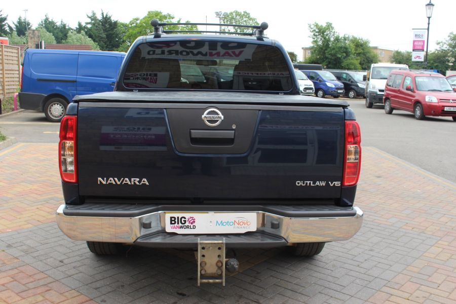 NISSAN NAVARA OUTLAW DCI 231 4X4 DOUBLE CAB WITH TONNEAU COVER - 7877 - 6