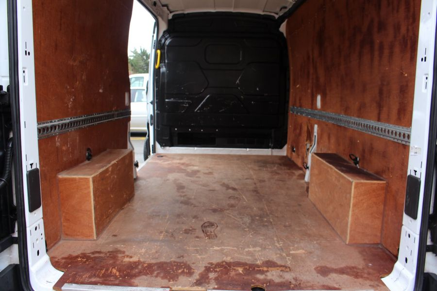 FORD TRANSIT 310 TDCI 100 L3 H2 LWB MEDIUM ROOF FWD - 8972 - 22