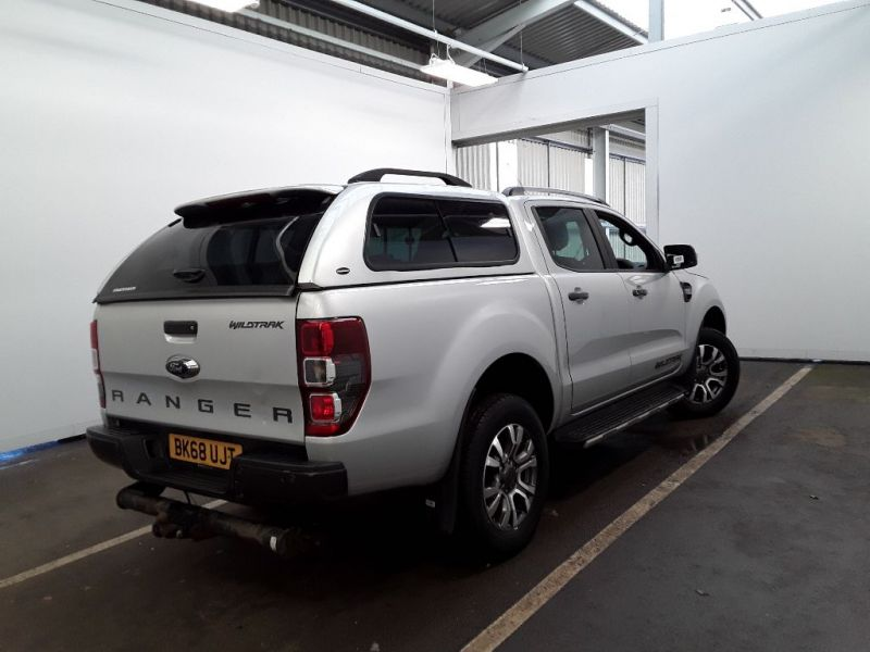 FORD RANGER TDCI 200 WILDTRAK 4X4 DOUBLE CAB WITH TRUCKMAN TOP - 12262 - 3