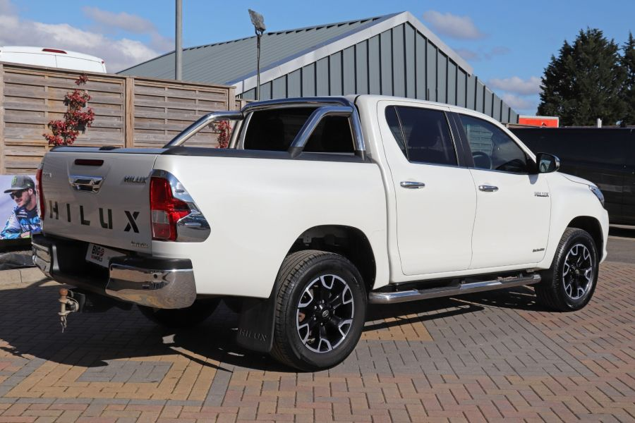 TOYOTA HI-LUX D-4D 150 INVINCIBLE X 4WD DOUBLE CAB WITH ROLL'N'LOCK TOP - 12270 - 8