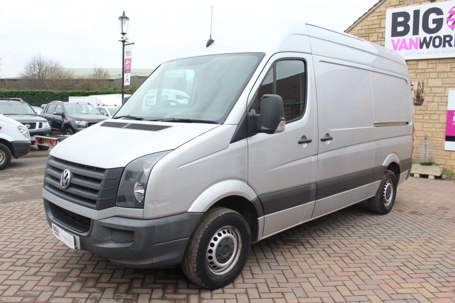 VOLKSWAGEN CRAFTER CR35 TDI MWB HIGH ROOF - 7130 - 8