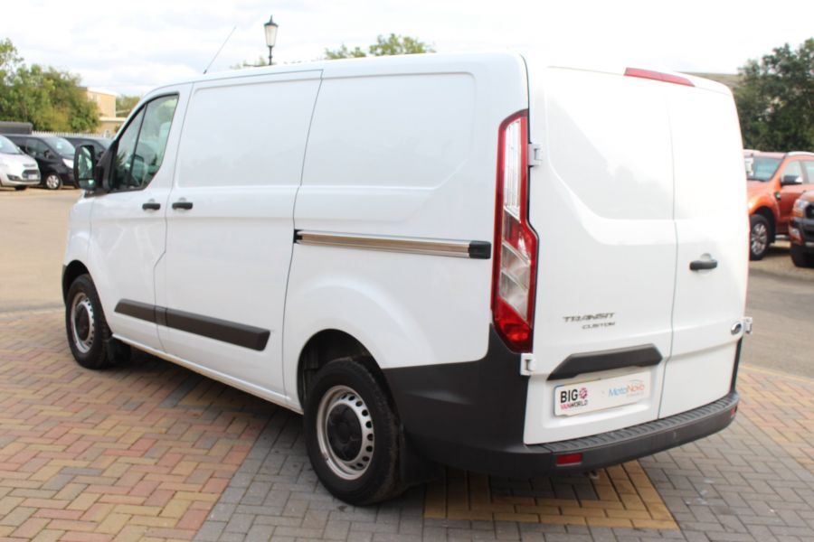 FORD TRANSIT CUSTOM 290 TDCI 125 L1 H1 SWB LOW ROOF FWD - 6562 - 7