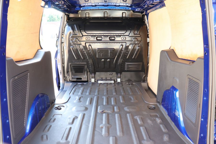 FORD TRANSIT CONNECT 210 TDCI 95 L2H1 TREND LWB LOW ROOF - 9800 - 36