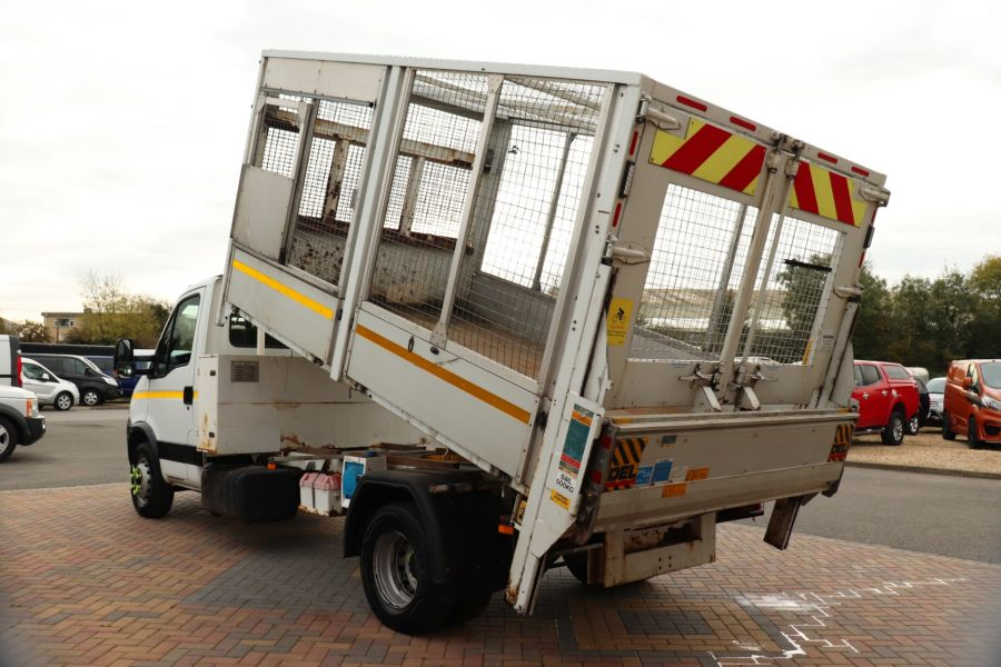 IVECO DAILY 70C18 3450 WB SINGLE CAB ALLOY CAGED TIPPER WITH TAIL LIFT - 9614 - 16