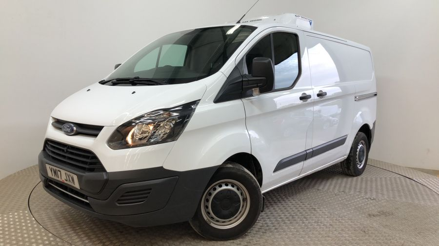 FORD TRANSIT CUSTOM 270 TDCI 105 L1H1 SWB LOW ROOF FRIDGE VAN WITH OVERNIGHT FWD - 11587 - 1