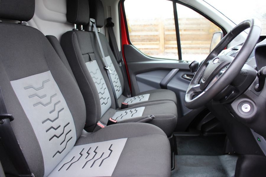 FORD TRANSIT CUSTOM 290 TDCI 125 L1 H1 LIMITED SWB LOW ROOF FWD - 9268 - 13