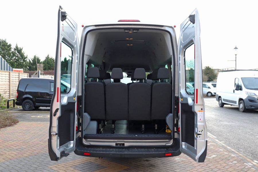 FORD TRANSIT 460 TDCI 155 L4H3 TREND 17 SEAT BUS HIGH ROOF DRW RWD - 10109 - 41