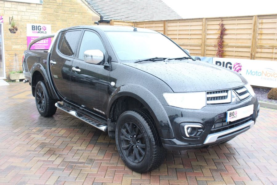 MITSUBISHI L200 DI-D 176 4X4 BARBARIAN BLACK LB SPECIAL EDITIONS DOUBLE CAB WITH ROLL'N'LOCK TOP - 6848 - 3