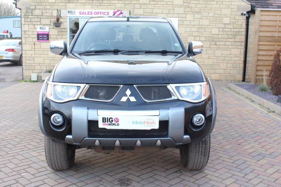 MITSUBISHI L200 ANIMAL DI-D LWB DOUBLE CAB WITH ROLL'N'LOCK TOP - 7085 - 9