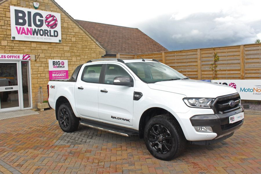 FORD RANGER WILDTRAK TDCI 200 4X4 DOUBLE CAB WITH ROLL'N'LOCK TOP - 9156 - 2