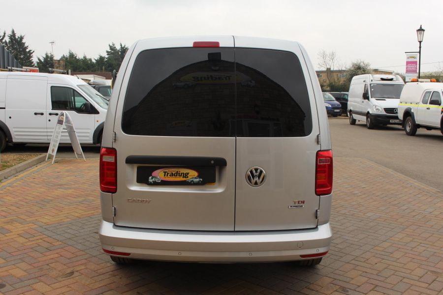 VOLKSWAGEN CADDY MAXI C20 TDI 150 HIGHLINE - 5880 - 4