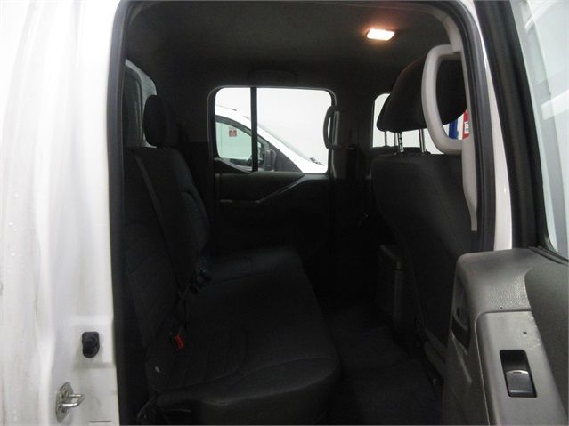 NISSAN NAVARA DCI 144 VISIA 4X4 DOUBLE CAB WITH TRUCKMAN TOP - 7405 - 14