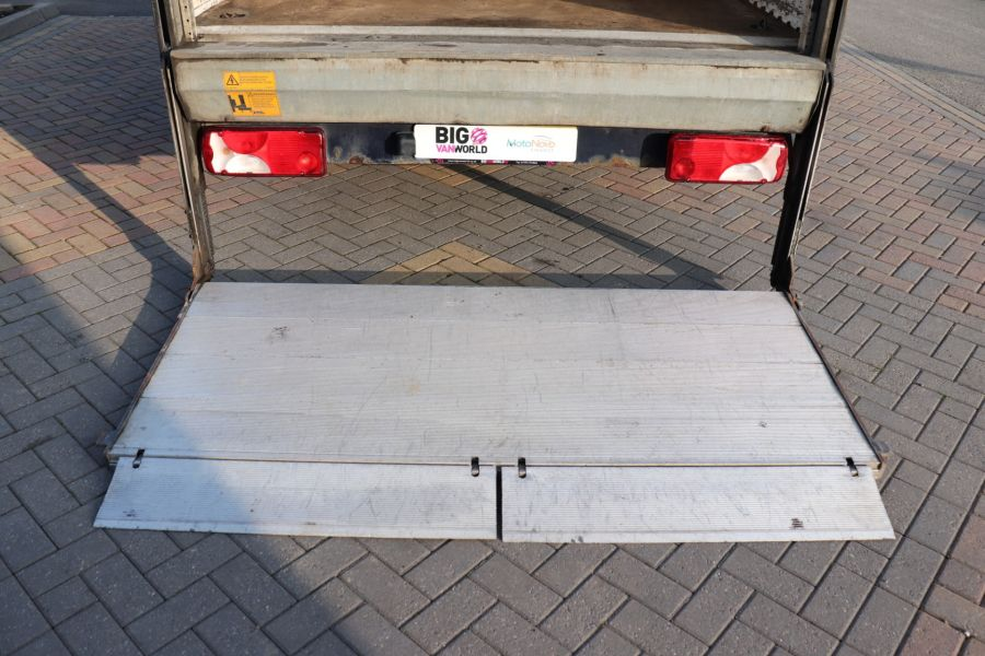 MERCEDES SPRINTER 313 CDI 129 MWB LUTON WITH TAIL LIFT - 12154 - 35