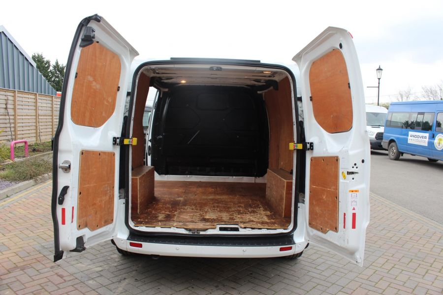 FORD TRANSIT CUSTOM 330 TDCI 125 L1 H1 LIMITED SWB LOW ROOF FWD - 9004 - 21