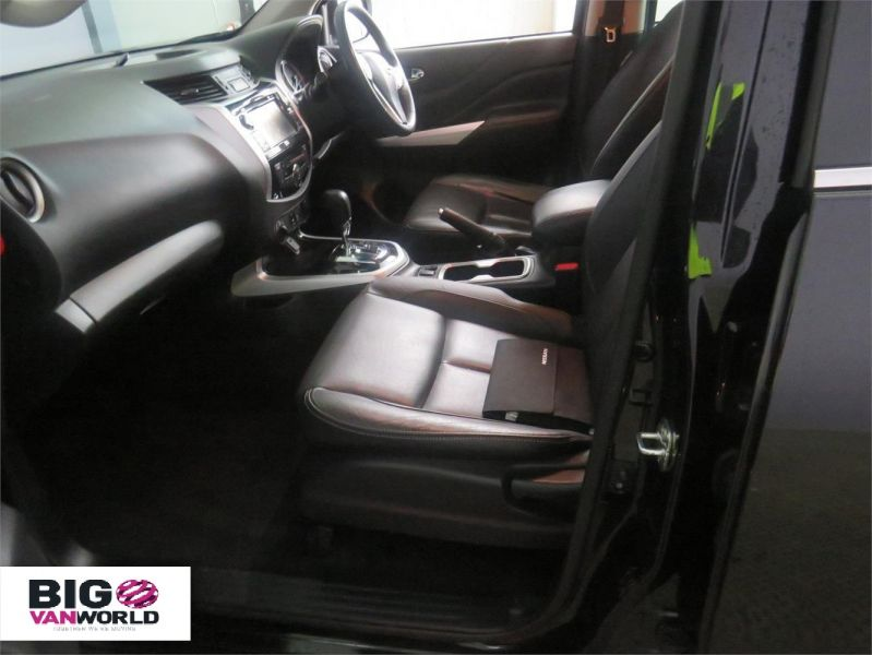 NISSAN NP300 NAVARA DCI 190 TEKNA 4X4 DOUBLE CAB WITH ROLL'N'LOCK TOP - 9186 - 11