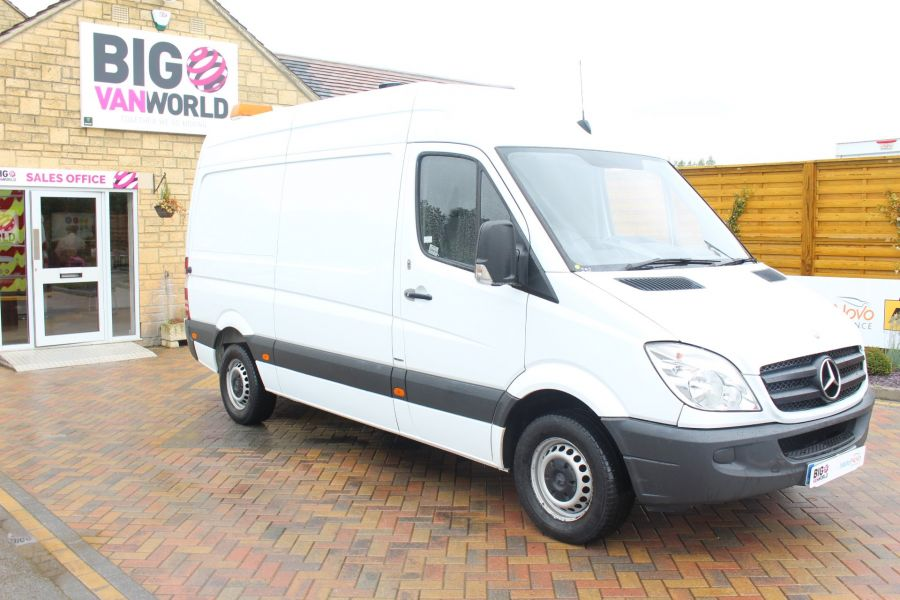 MERCEDES SPRINTER 316 CDI MWB HIGH ROOF - 6253 - 2