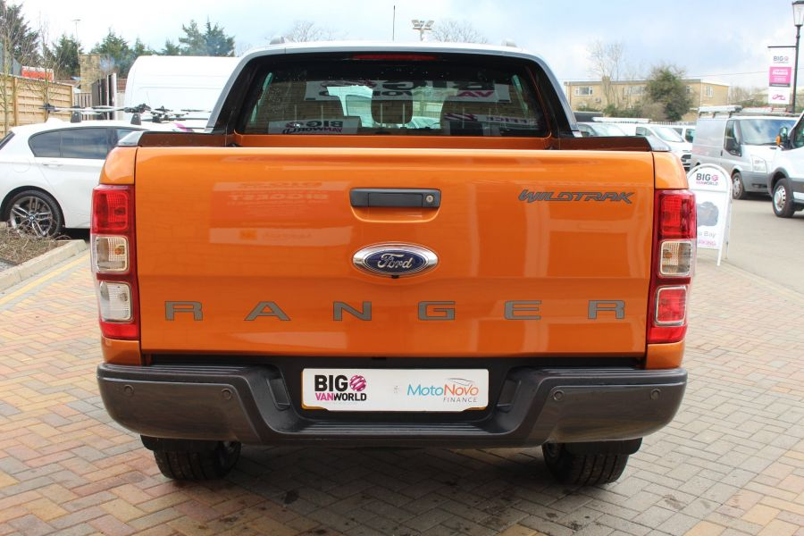 FORD RANGER WILDTRAK 4X4 TDCI 197 DOUBLE CAB - 7360 - 6