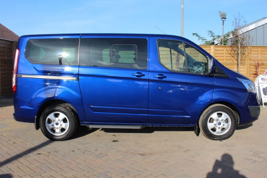 FORD TOURNEO CUSTOM 300 TDCI 125 L1 H1 LIMITED 9 SEAT MINIBUS SWB LOW ROOF FWD - 6857 - 4