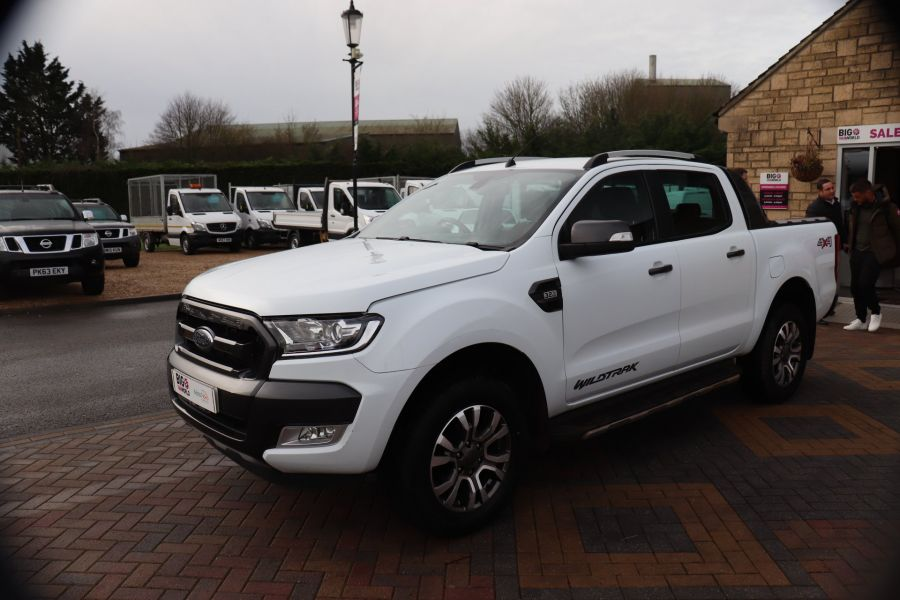 FORD RANGER WILDTRAK TDCI 200 4X4 DOUBLE CAB WITH ROLL'N'LOCK TOP - 8812 - 9