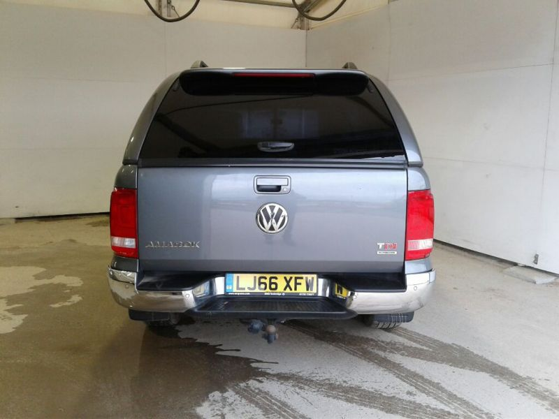 VOLKSWAGEN AMAROK DC BITDI 180 HIGHLINE 4MOTION BMT DOUBLE CAB WITH TRUCKMAN TOP - 9819 - 4