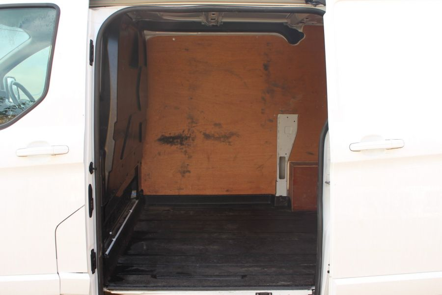 FORD TRANSIT CUSTOM 290 TDCI 125 L1 H1 LIMITED SWB LOW ROOF FWD - 6858 - 21