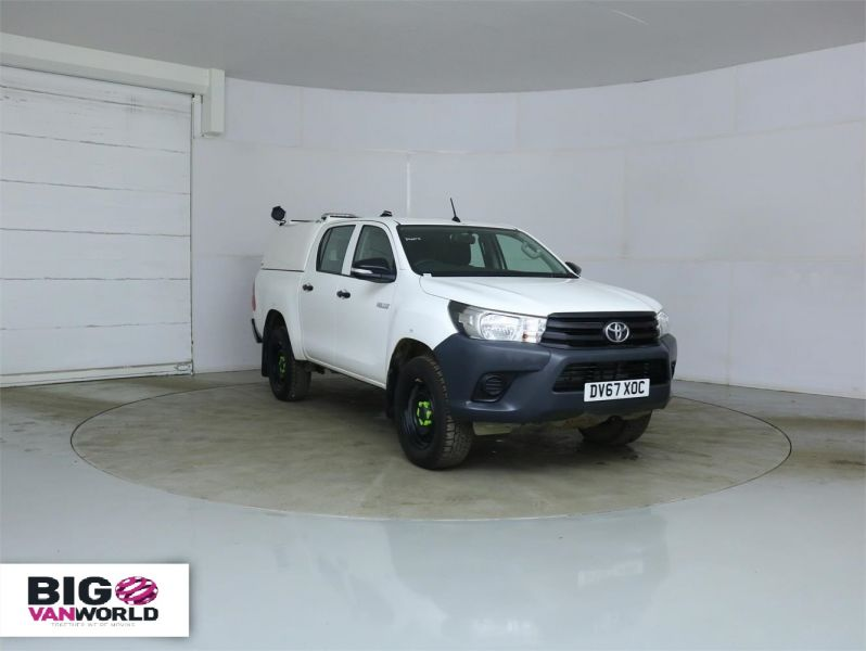 TOYOTA HI-LUX ACTIVE 4WD D-4D 148 DOUBLE CAB WITH TRUCKMAN TOP - 8350 - 1