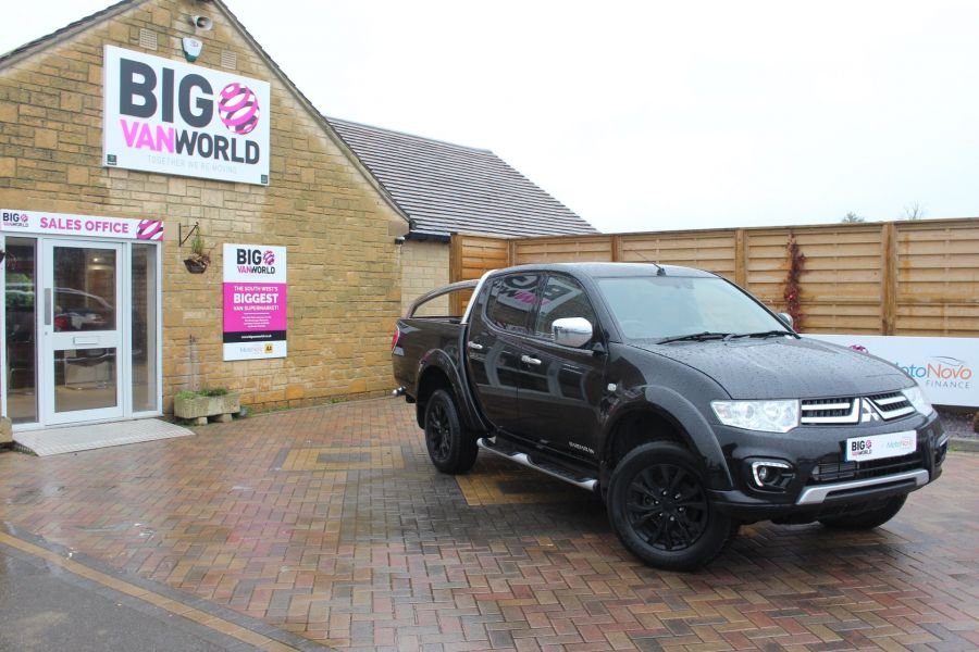 MITSUBISHI L200 DI-D 176 4X4 BARBARIAN BLACK LB SPECIAL EDITIONS DOUBLE CAB WITH ROLL'N'LOCK TOP - 6848 - 1